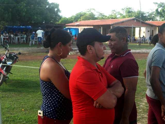 Vereador Zé Totó prestigia abertura da copa São José na zona rural de José de Freitas