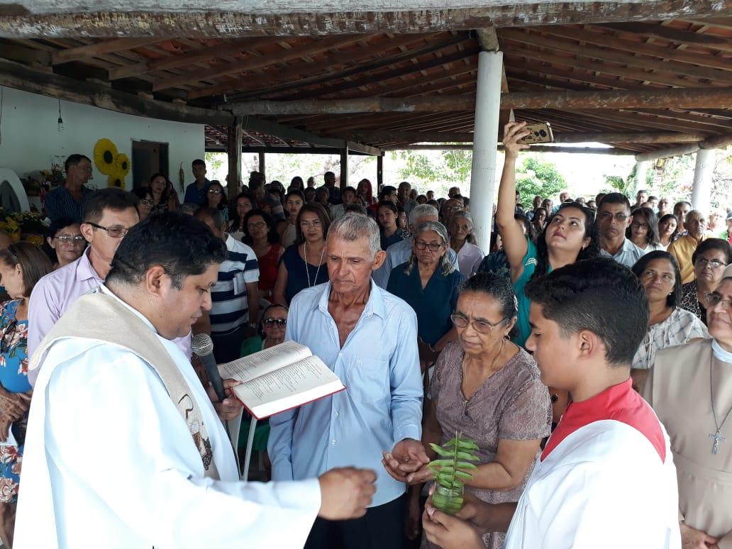 Vereador Pampa participa de comemoração dos 50 anos de casamento de moradores da comunidade Buritirana