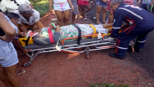 Casal fica gravemente ferido após acidente na PI-113 em José de Freitas