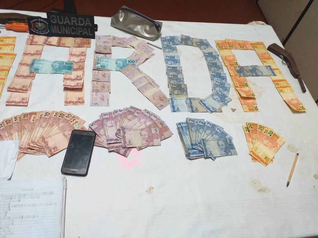 Guarda Municipal realiza apreensão de grande quantidade de drogas em residência na Zona Urbana de José de Freitas