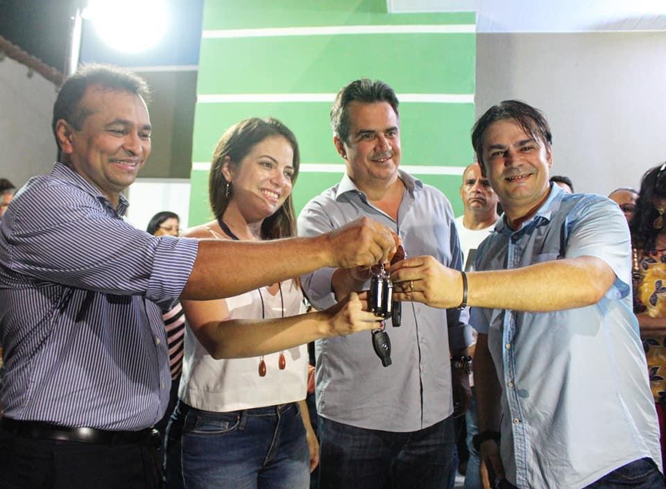 Deputado Fábio Abreu destina 5 carros para a Saúde de José de Freitas