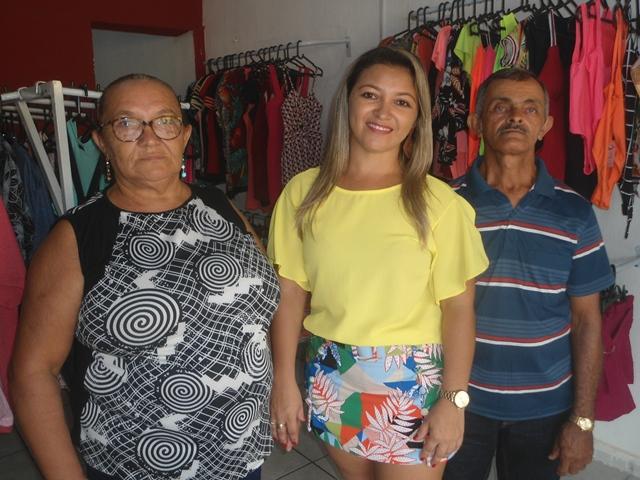 Lais Cunha Roupas e acessórios é inaugurada no centro de José de Freitas