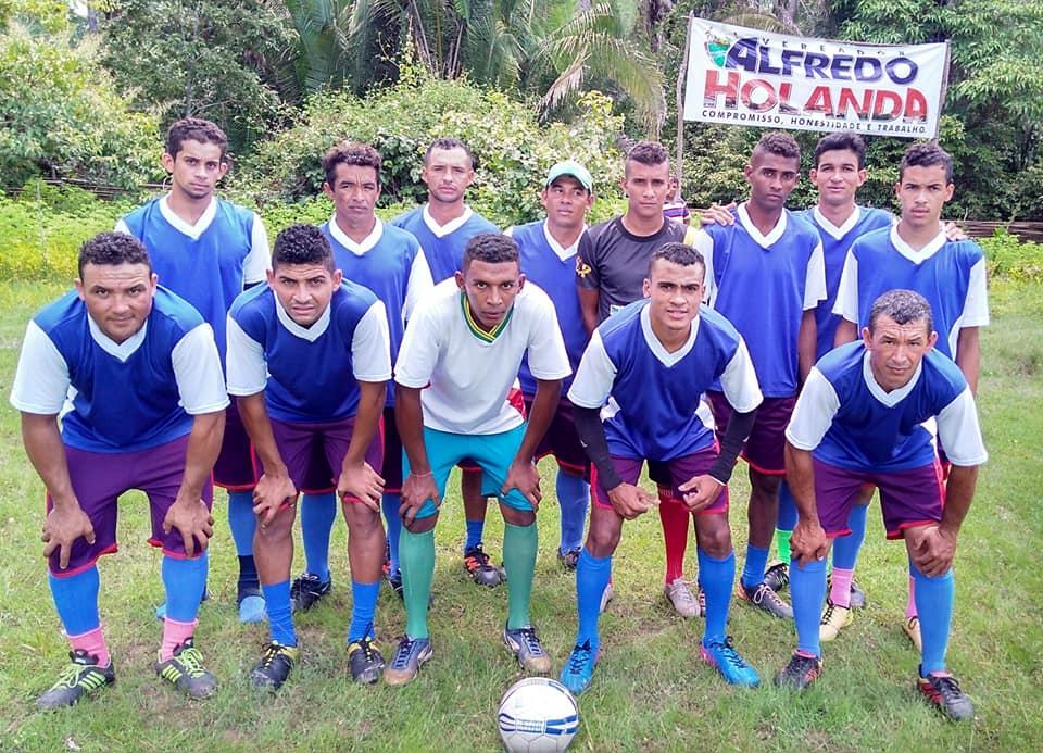 Equipe do Angico é campeão no tradicional torneio Damião Carvalho na Comunidade Canto do Saco