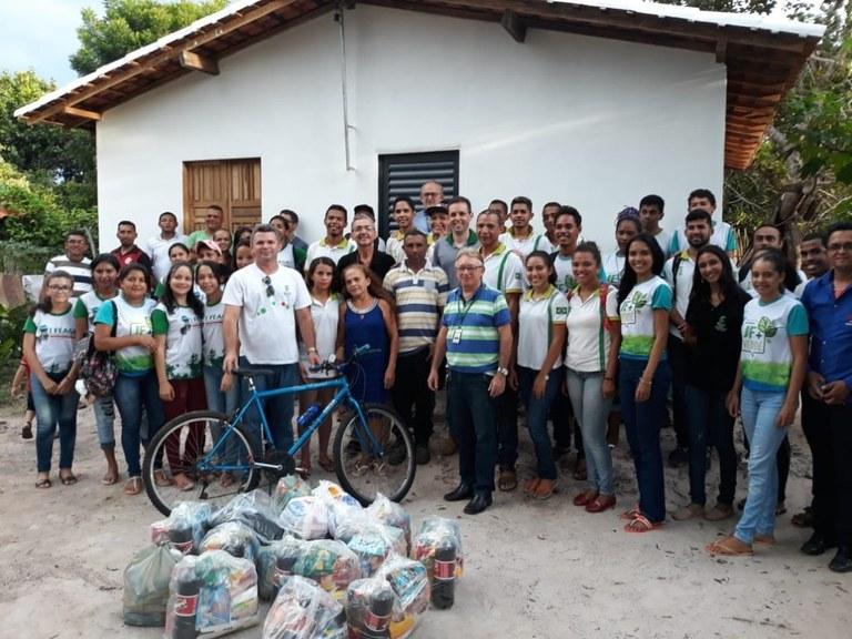 IFPI Campus José de Freitas realiza ação beneficente e constrói casa para aluna