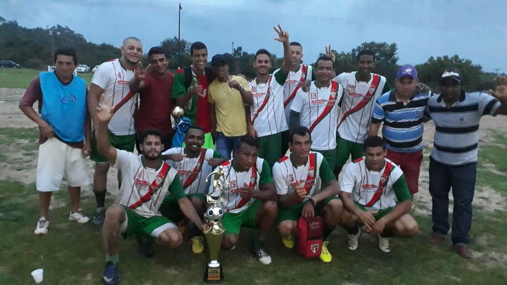Em um jogo emocionante, equipe da Barragem é campeã do Torneio do Alto da Cruz em José de Freitas