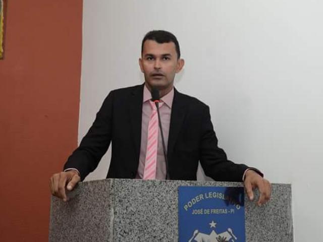 Vereador Pampa faz indicação na câmara pedindo o executivo que logo após o inverno, faça recuperação da estrada do Crioli até a Buritinana
