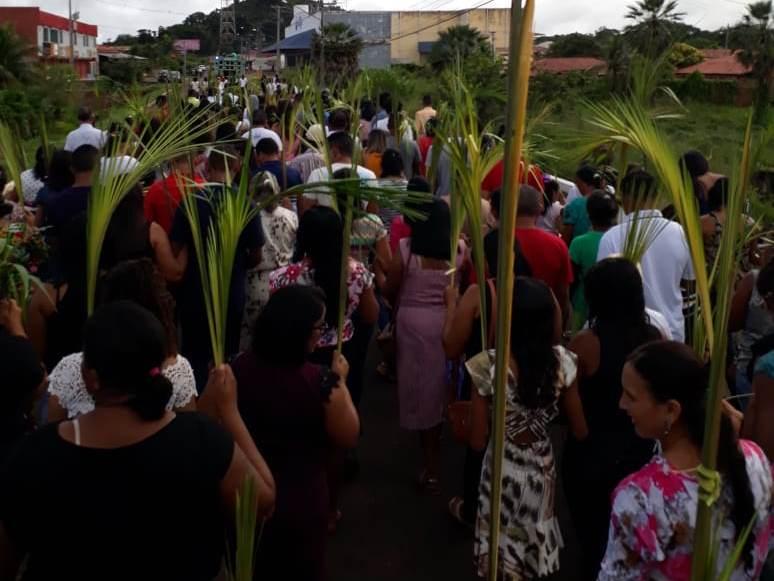 Procissão e Missa de Domingo de Ramos abrem celebração da Semana Santa em José de Freitas