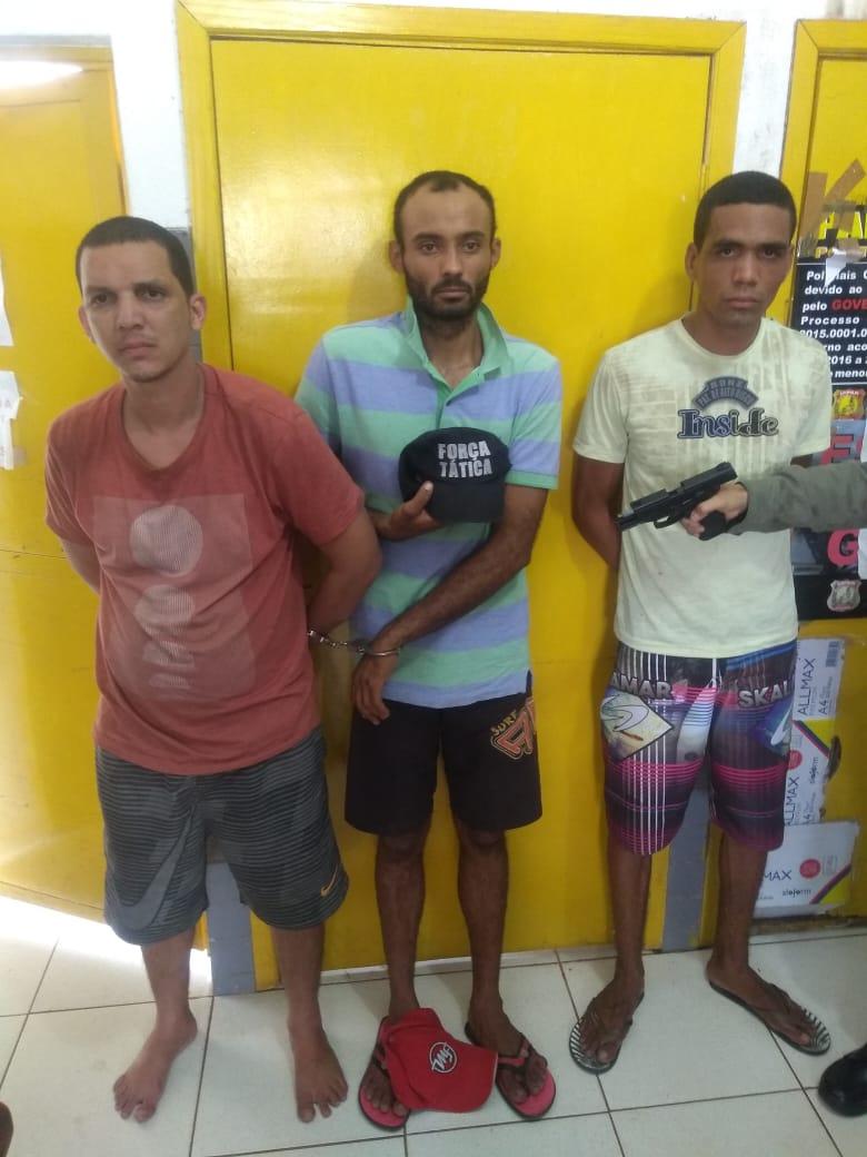 Três suspeitos de roubar carro  em Teresina, são presos no Terminal Rodoviário em José de Freitas