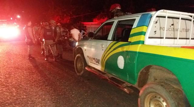Bandidos que trocaram tiros com Polícia Militar de José de Freitas, fizeram arrastão em Posto de Combustíveis em Cabeceiras
