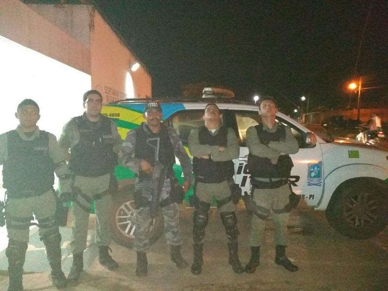 Polícia Militar de José de Freitas prende Jovem e apreende menor após assaltar Mercadinho