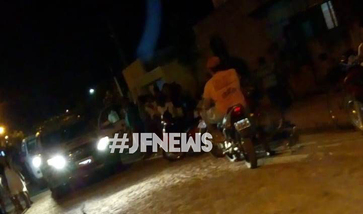 Menor de idade atropela criança de 8 anos em frente de casa em José de Freitas