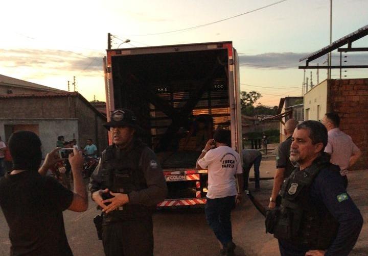 Três pessoas são presas em José de Freitas suspeitas de receptação dematerial roubado em Teresina