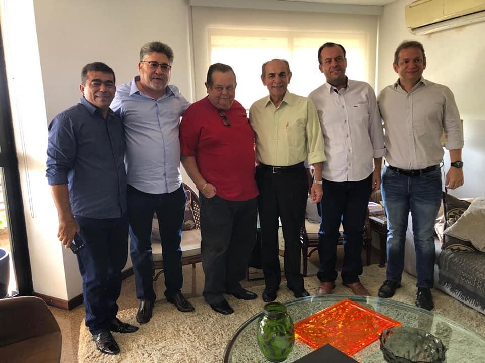 Em busca de melhorias para José de Freitas, ex-prefeito Robert Freitas participa de audiência com Senador Marcelo Castro e diretor do DER-PI Castro Neto