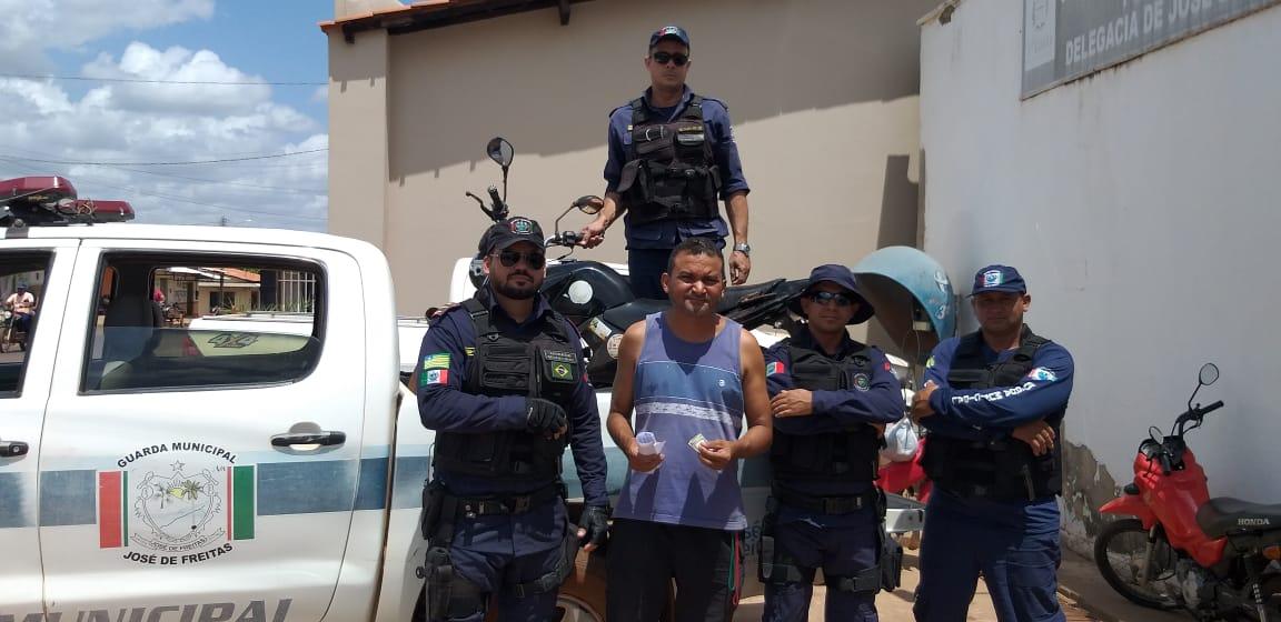 Guarda Municipal recupera motocicleta de publicitário abandonada no rodoanel em José de Freitas