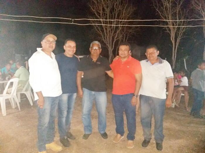 Deputado federal Fábio Abreu e vice-prefeito Antônio Abreu participam de festa comemorativa na zona rural de José de Freitas