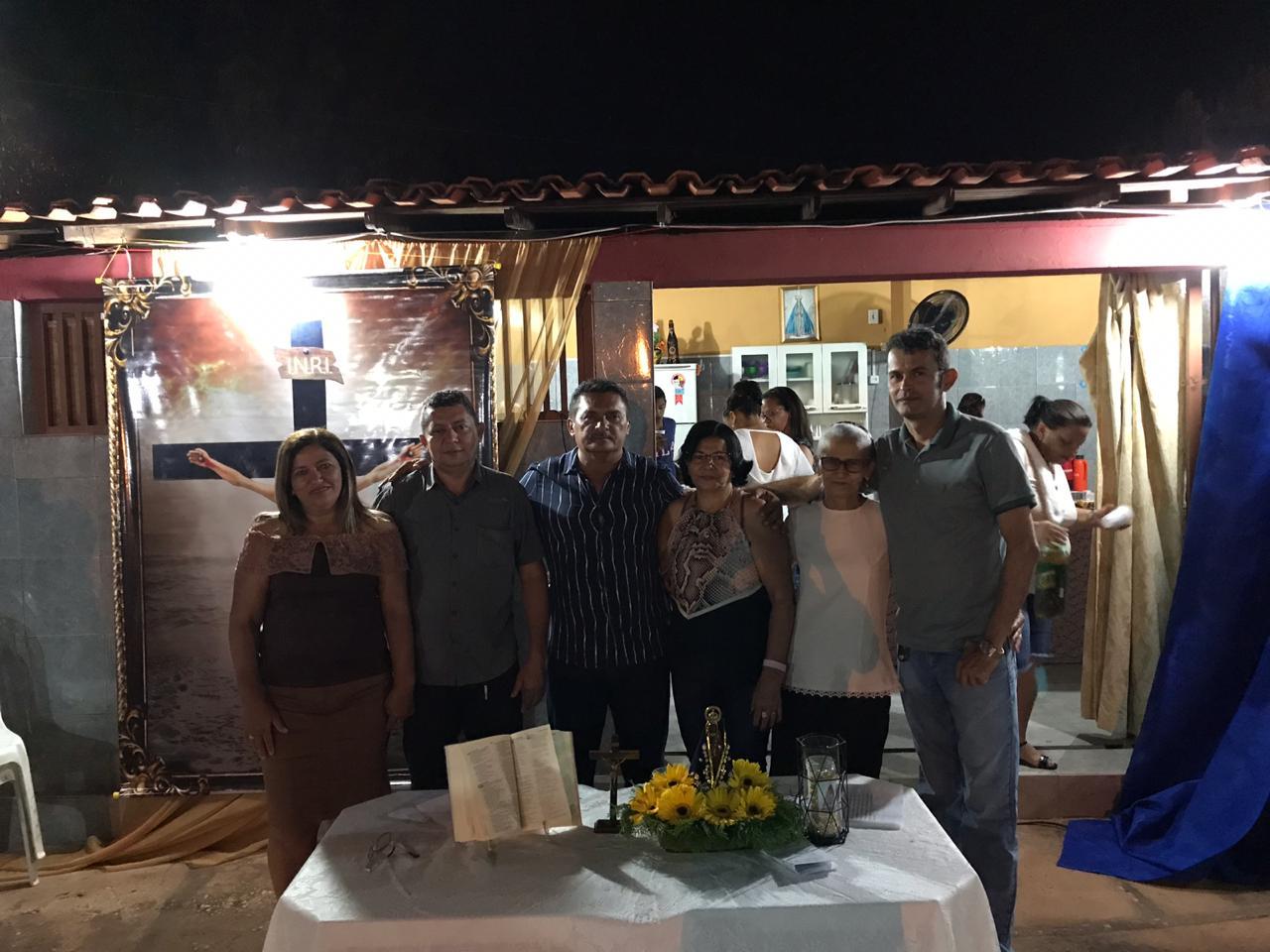 Casal Rosário Holanda e Zebinha realizam 10º Terço no dia Nossa Senhora Aparecida em José de Freitas