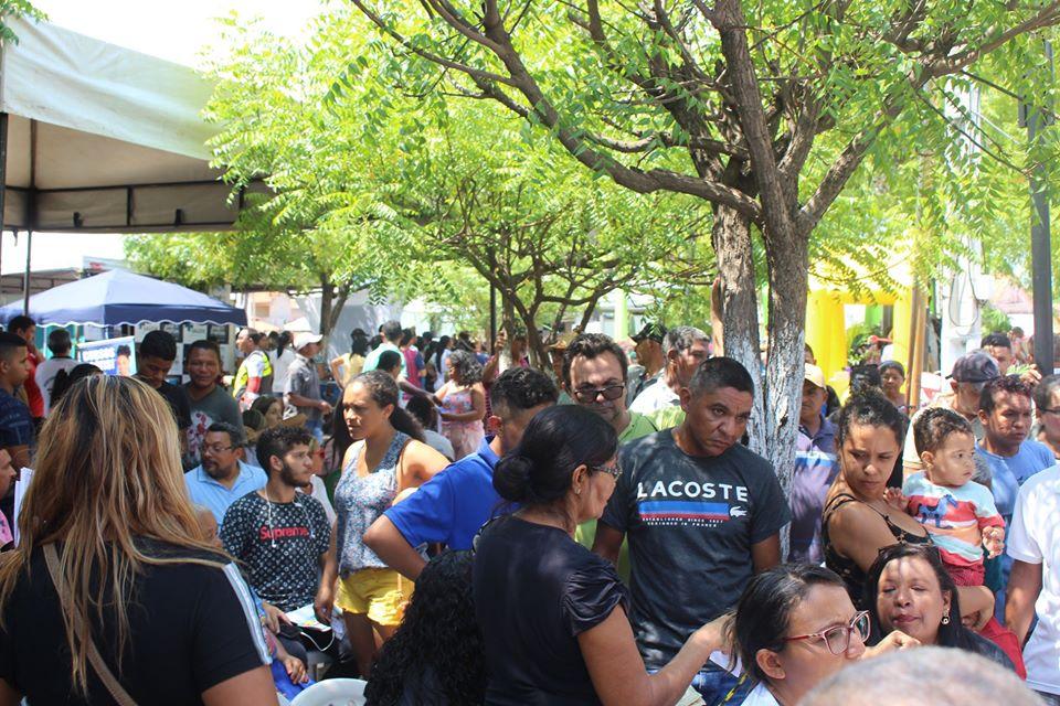 Primeira feira José de Freitas mais cidadania realiza centenas de atendimentos