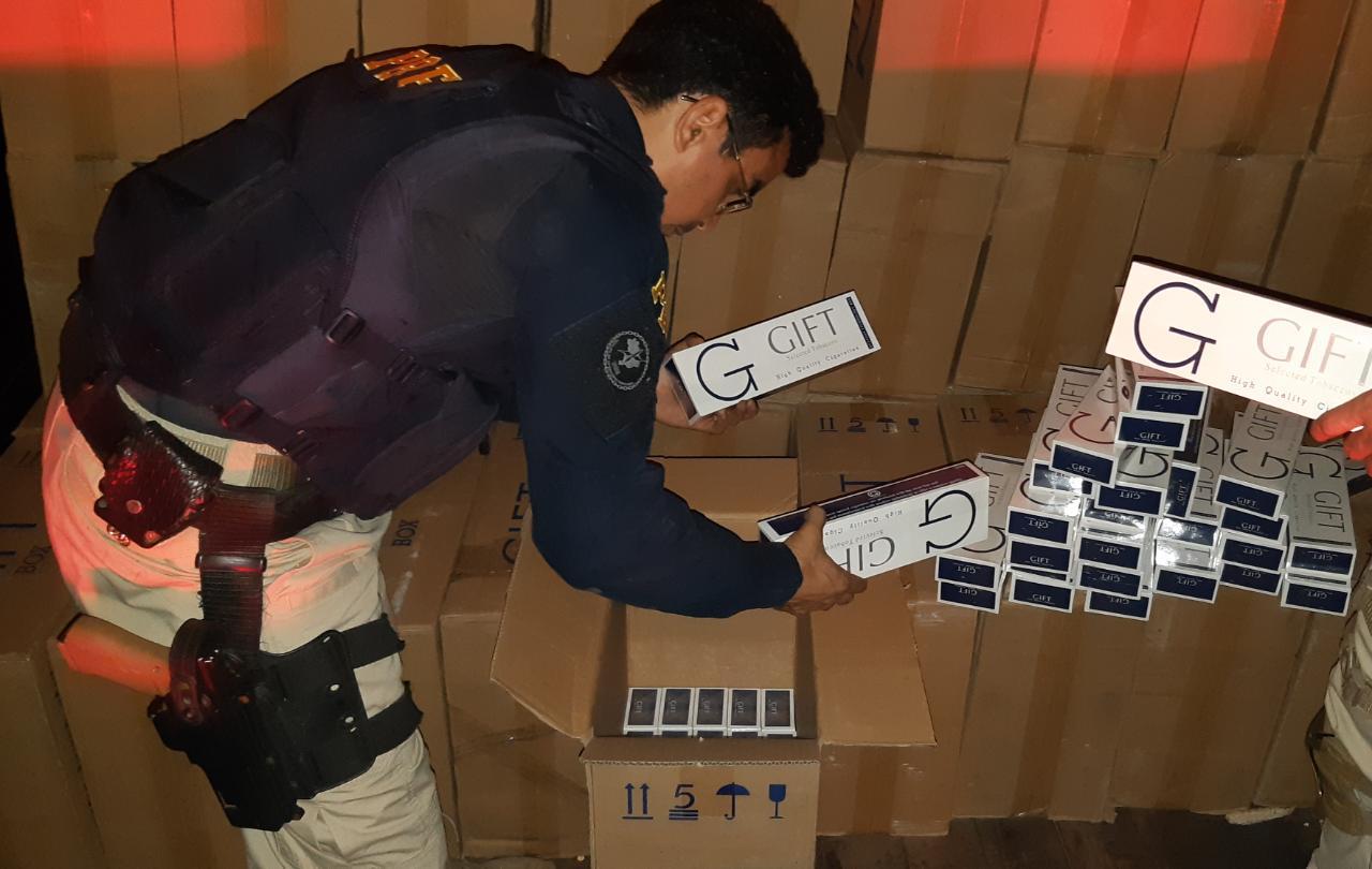 PRF realiza a maior apreensão do ano de cigarros contrabandeados em José de Freitas