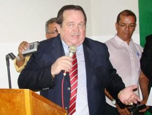 Ex-prefeito de José de Freitas é condenado a 3 anos e 6 meses de prisão por desviar R$ 214 mil do Fundeb