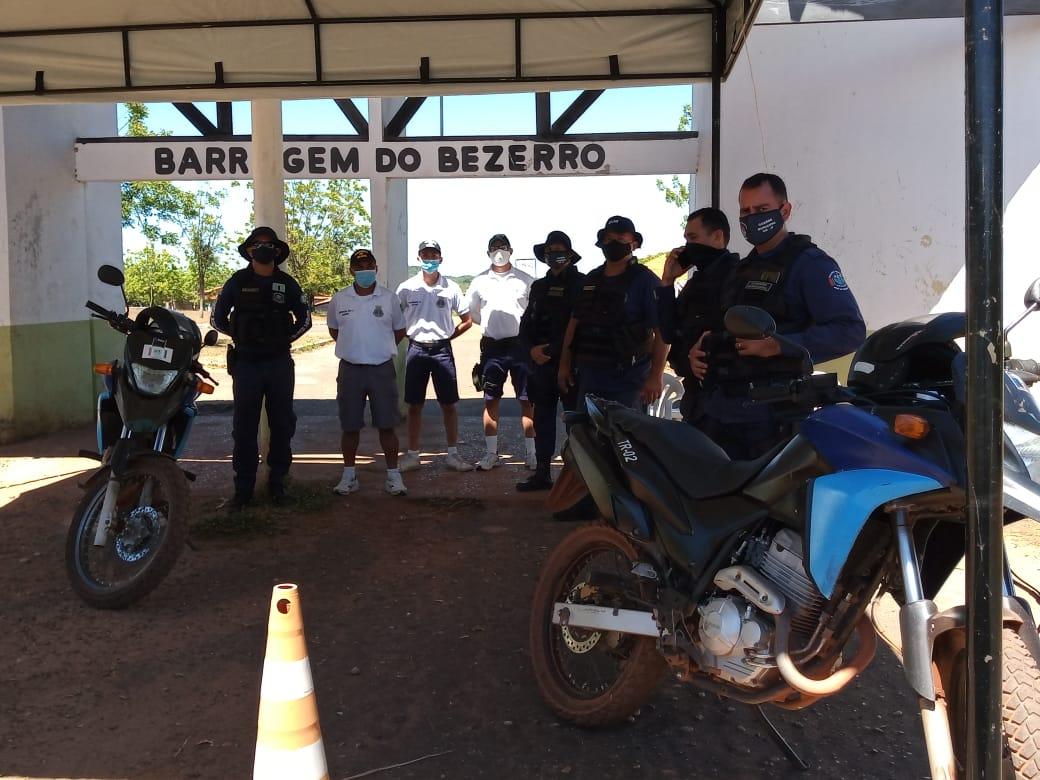 Guarda Municipal de José de Freitas realiza barreiras no final de semana para combater aglomerações de pessoas na Barragem do Bezerro